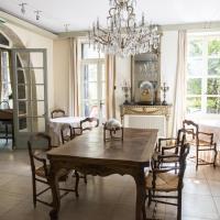 Hotel Pictures: Le Grand Paris, Digne-les-Bains