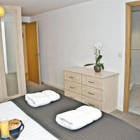 Three-Bedroom Apartment with Sofa Bed