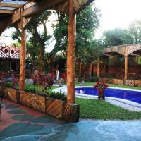 Hotel Pictures: Hotel Casa Antigua, Alajuela