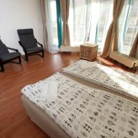 Superior One-Bedroom Apartment with Terrace (4 Adults)