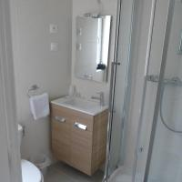 Double Room with Bath or Shower