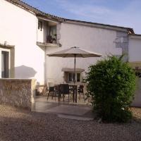 Hotel Pictures: L'Appartement Près de Saint Emilion, Puisseguin