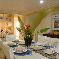 Three-Bedroom Apartment - Water Front