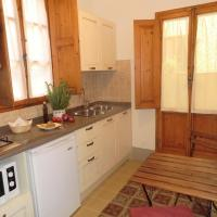 One-Bedroom Apartment with Patio (Corsini)