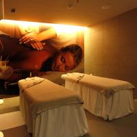Single Premium Room with Spa Package