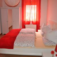 Hotel Pictures: Ferienwohnung Schmetterling, Stralsund