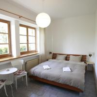 Hotel Pictures: Happy Memories Guest House, Prague
