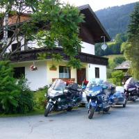 Hotel Pictures: Chalet Kammleitn, Hermagor