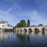 Hotel Pictures: The Thames Riviera Hotel, Maidenhead