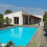 Hotel Pictures: Villa Coucou Les Amis, Sainte-Lucie de Porto-Vecchio