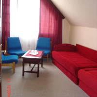 Family Room (2 Adults + 2 Children)