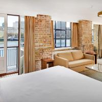 Junior Suite with River View and Balcony