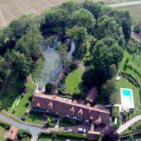 Hotel Pictures: Domaine de Ferchaud, Unverre