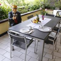 Hotel Pictures: Archie's guesthouse, Basel