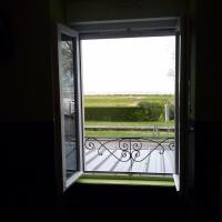 Standard Double Room with Bay View and Shared Toilet