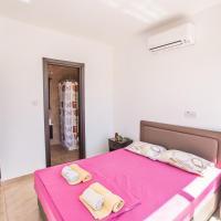 Three-Bedroom Holiday Home '1'