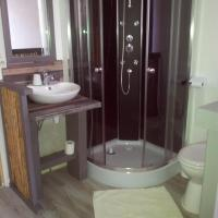 Hotel Pictures: Auberge Bella Riva, Creysse