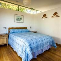 Two-Bedroom Cottage - Bungalow