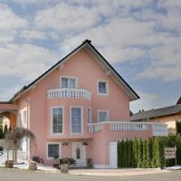 Hotel Pictures: Fewo-Eifel-Mediterran, Schalkenmehren
