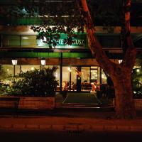 Hotellikuvia: Vénusz Hotel, Siófok