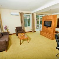 Suite in main wing