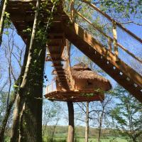 Hotel Pictures: Les Cabanes au Bois d'Orient, Briel-sur-Barse