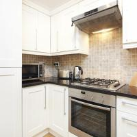 Superior Two-Bedroom Apartment - Red Lion Square