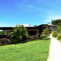 Beachside Villa with Spa Bath