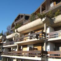 Hotel Pictures: Immeuble Mont Noble, Les Collons