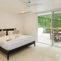 Jane Eyes 4 Bedroom Villa with Private Pool