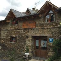 Hotel Pictures: Lo Paller de Roc, Montescladó