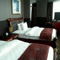Deluxe Twin Suite with Extra Bed