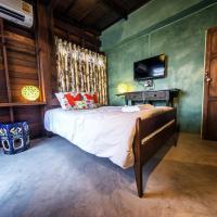 Single Room with Balcony (Pottery)