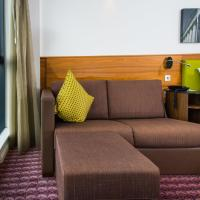 Queen Room with Dock View and Sofa Bed