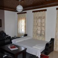 Hotelbilleder: Tomor Shehu Guest House, Berat