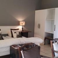 Farm Suites - Twin with Private Bathroom