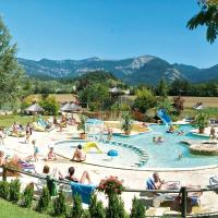Hotel Pictures: Camping l'hirondelle, Menglon