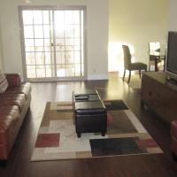 Best Location in Beverly Hills, 2-Bedroom Apartment