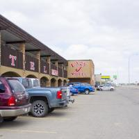 Hotel Pictures: Lazy J Motel, Claresholm
