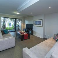 Three-Bedroom Apartment - 10