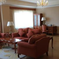 Four-Bedroom Deluxe Family Suite