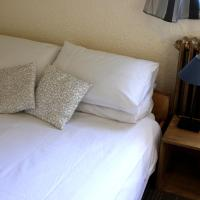 Hotel Pictures: Hotel Petit Sporting, La Salle Les Alpes