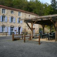 Hotel Pictures: Auberge Saint Vincent, Mazeyrat-Aurouze