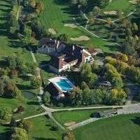 Hotel Pictures: Golf Hotel Resort Du Val De Sorne, Vernantois