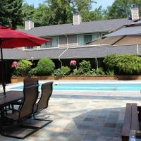 Hotel Pictures: Sunshine Lodge Inn, Gibsons
