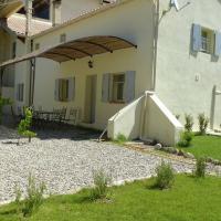Hotel Pictures: Maison De Vacances - L Isle-Sur-La-Sorgue, Velleron