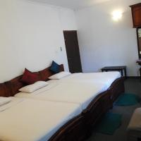 Deluxe Triple Room with Mountain view and Balcony