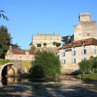 Hotel Pictures: Hostellerie Les Griffons, Brantome en Perigord