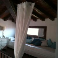 Deluxe Three-Bedroom Apartment with Sea View