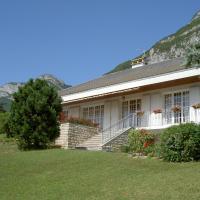 Hotel Pictures: Chambres d'hôtes La Veyrolaine B&B, Veyrier-du-Lac